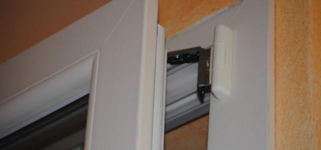 Aprite le finestre e cambiate l'aria in casa. Perché non sfruttare l'anta ribalta?